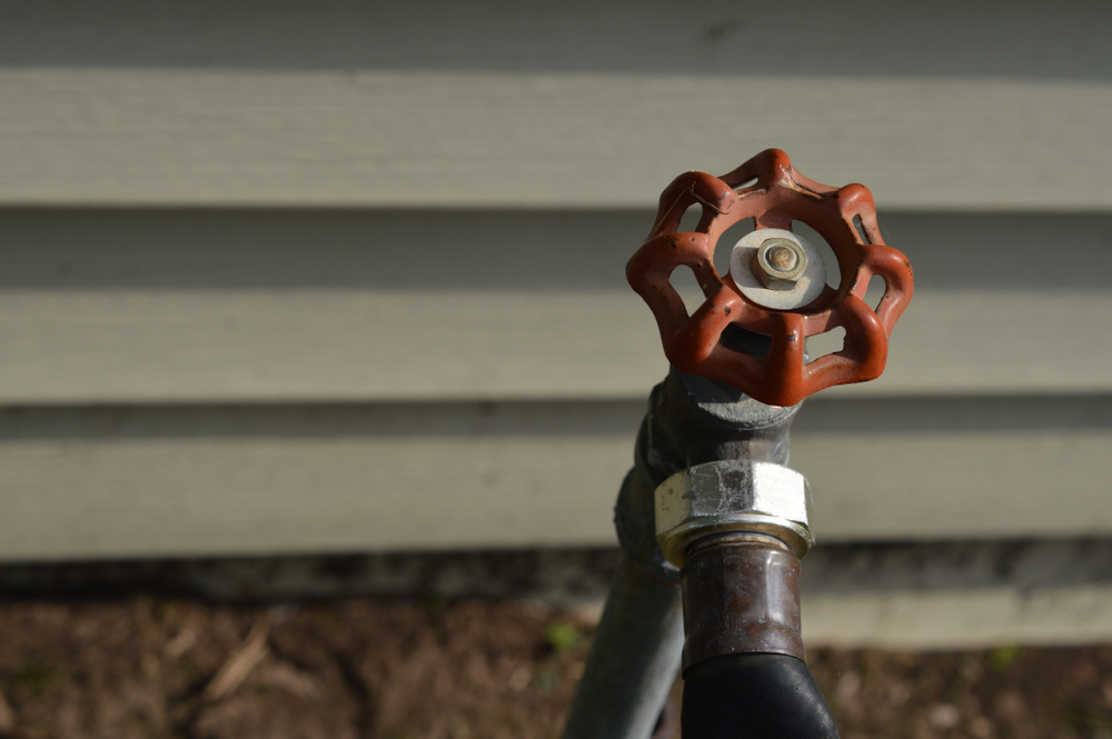 Winter Hose and Hose Bibb Removal and Storage